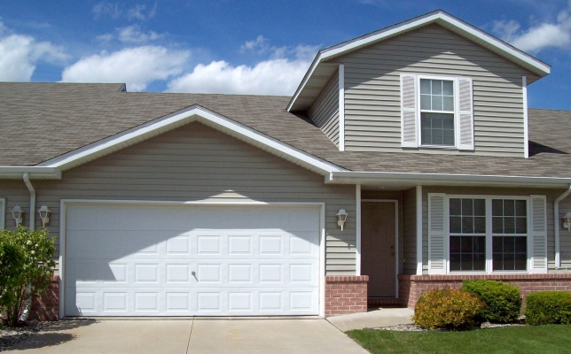 Jb rentals three bedroom townhome freeland mi for 3 bedroom townhomes